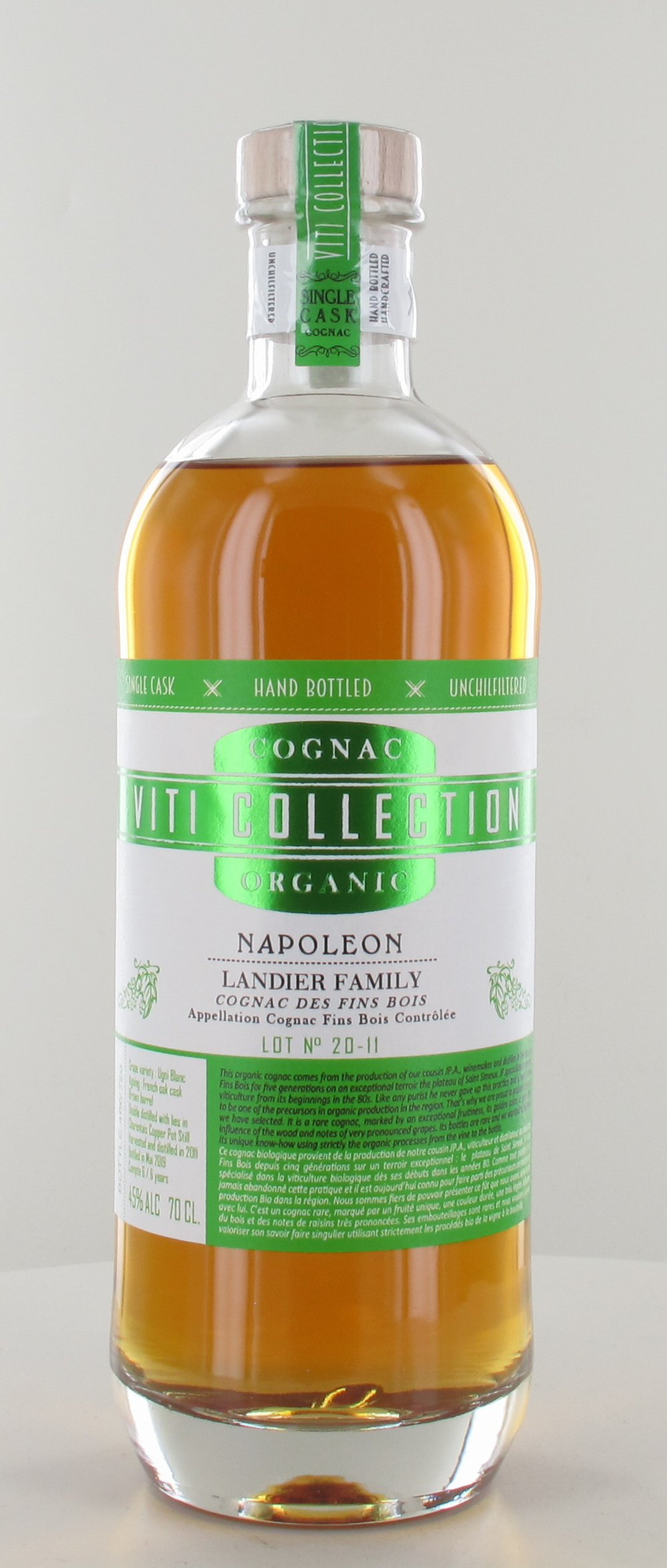<p>VITI COLLECTION Bio Napoléon Fins Bois Single Cask Lot 20-11</p>